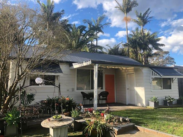 Maple Studio Holiday House