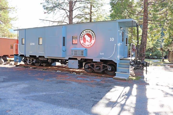 Railroad Park Resort Caboose #10