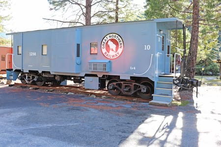 Railroad Park Resort Caboose #10