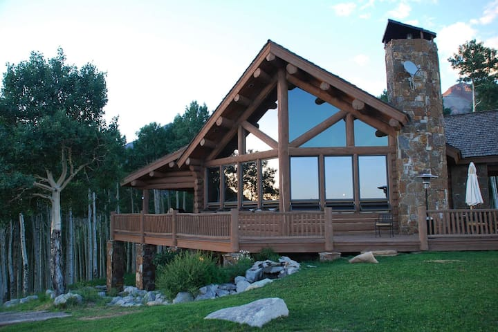 Outrageous Property, Outrageous Views! Aldasoro Ranch Log Home, Close to Telluride and Mt Village, b