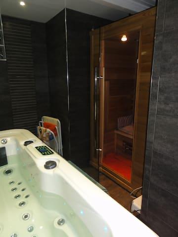Chambre confortable, villa accueillante a Ambares