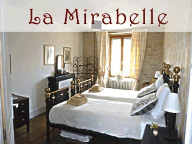 La Mirabelle - Baigneux-les-Juifs - Wikt i opierunek