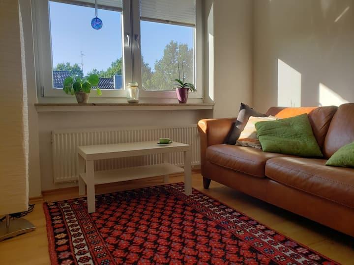 Quiet own bedroom + living room + bathroom
