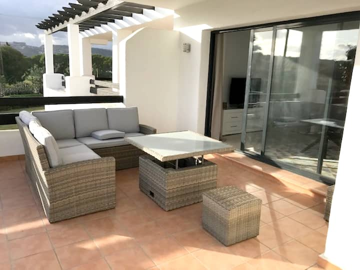 Apartment with 2 bedrooms in Málaga, with wonderful sea view, shared pool, furnished garden - 2 km from the beach