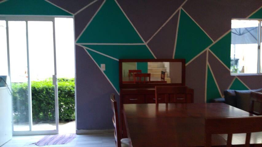 Dos pisos Cuautitlán Izcalli, a 3 min autopista