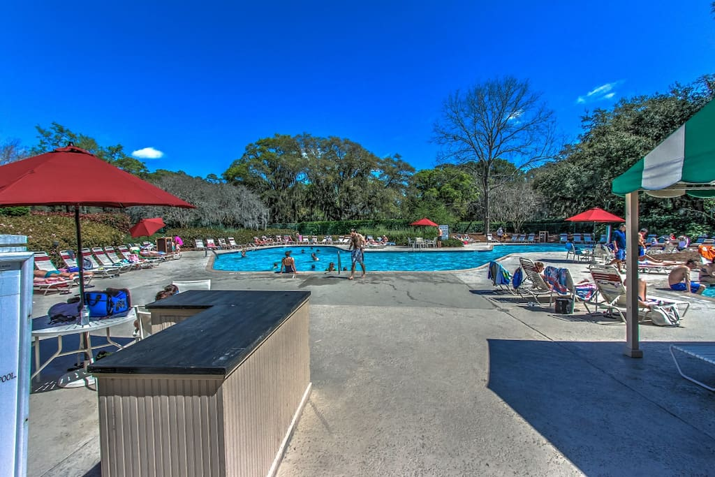 Harbour Town Community Pool
