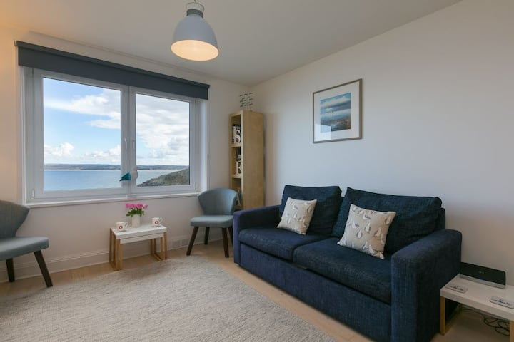 35 Carrack Widden - Sleeps 4 - Parking - Sea Views