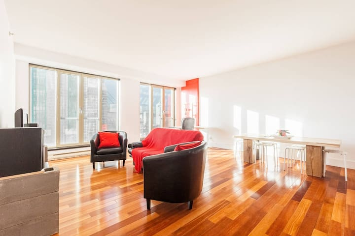 Modern & Spacious Condo - Downtown Majestic - Ville de Québec - Appartement en résidence