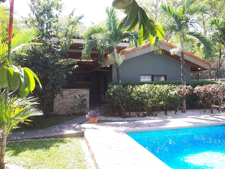 Private and Spacious, Remodeled home in Tamarindo