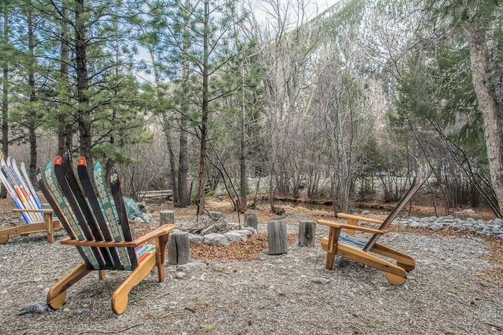 NEW LISTING! Peaceful CreekSide Cabin. 14er Views.