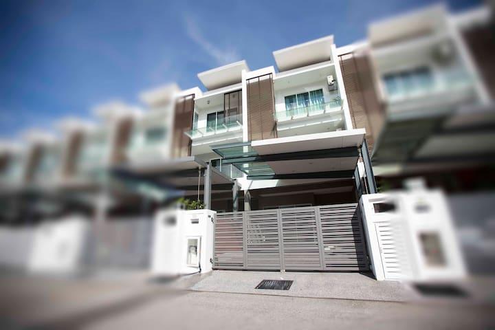 56 Residence Budget Suite, Penang