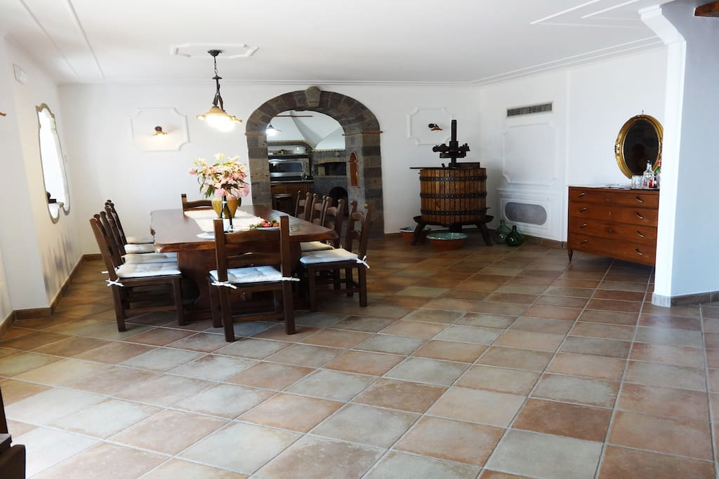 Living/Dining area at villa holiday rentals sorrentine peninsula booking with private pool and parking area