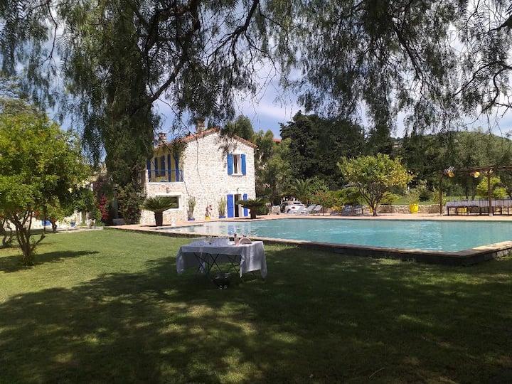 """Villa """"Les Daturas"""""""