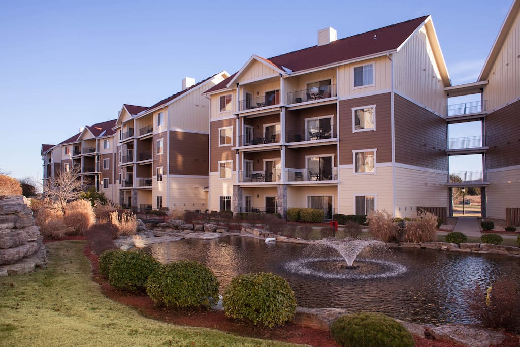 Spacious 2 bedroom near 76 strip in branson resorts for rent in branson missouri united for 2 bedroom suites in branson mo