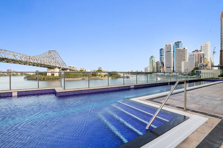 Pool & Spa with Premium River View