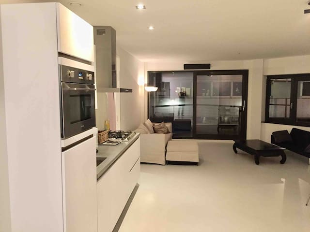 Spacious Apartment near citycenter of Amsterdam