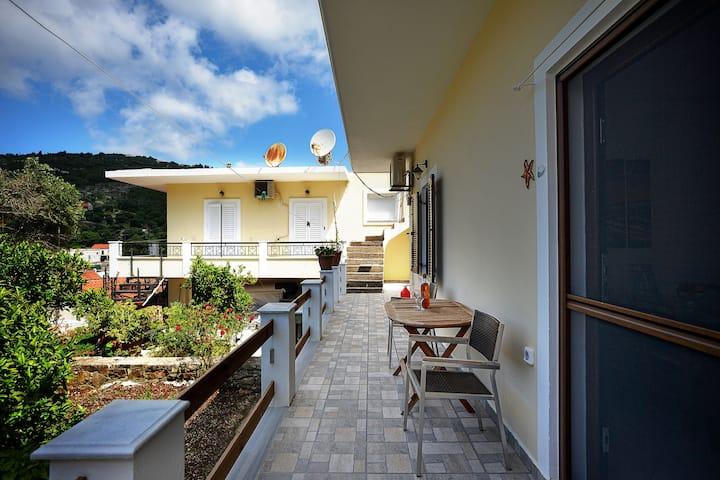 Casa Bella Trio  in Gaios Kountouros