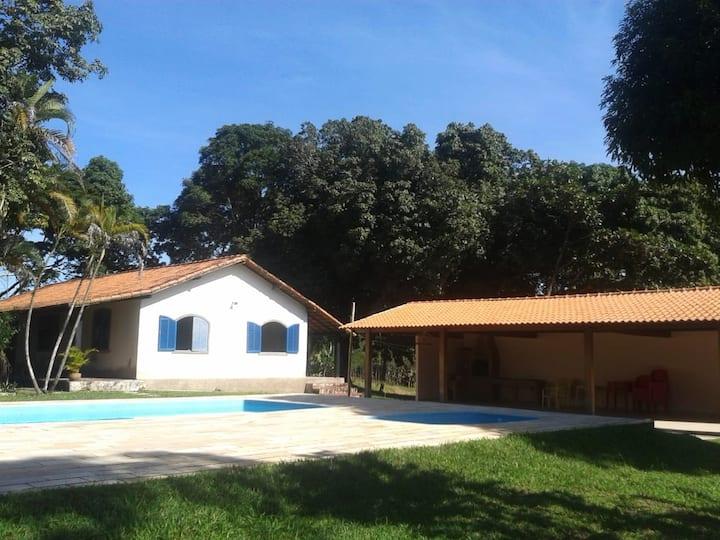 Casa de Campo com 2 Piscinas - Sítio São Joaquim