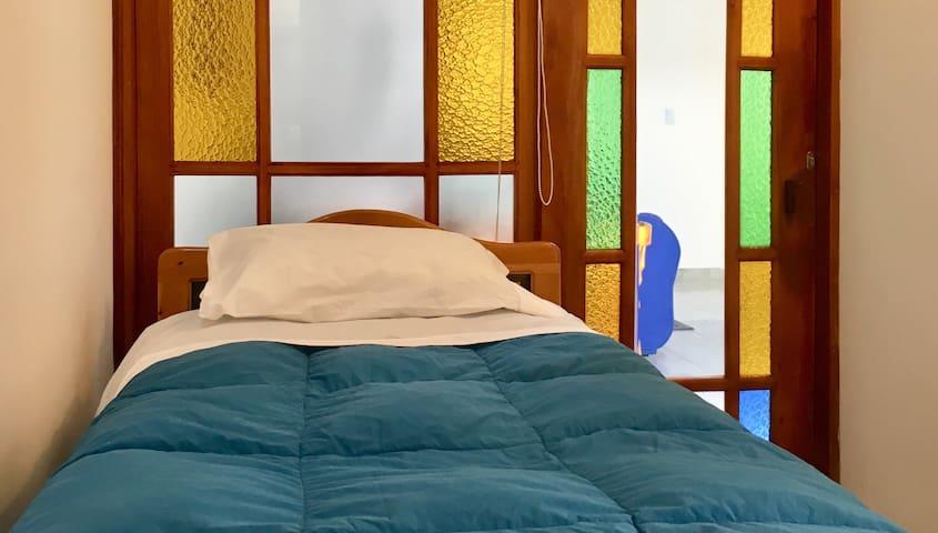 Habitación 3 cama sencilla tipo twin