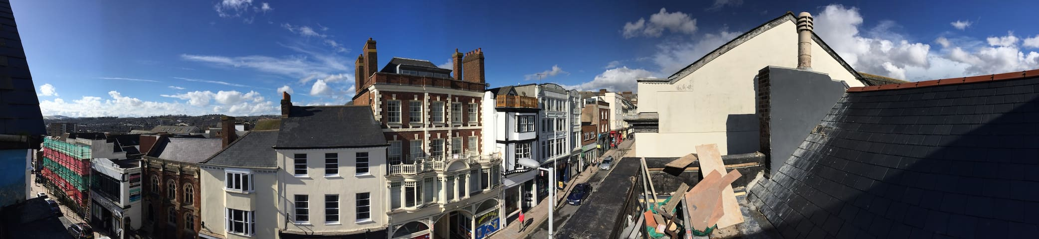 Central Exeter 3 bed apartment with roof terrace