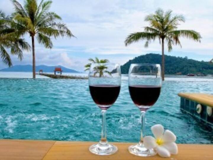 Luxury Apartment - Seaview