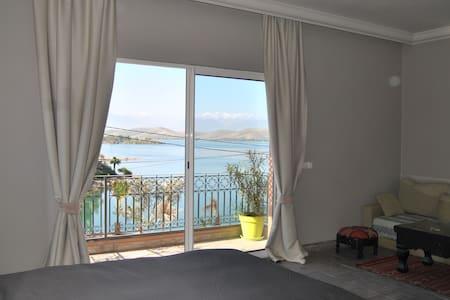 Suite avec vue sur le lac - Lalla Takerkoust - Bed & Breakfast