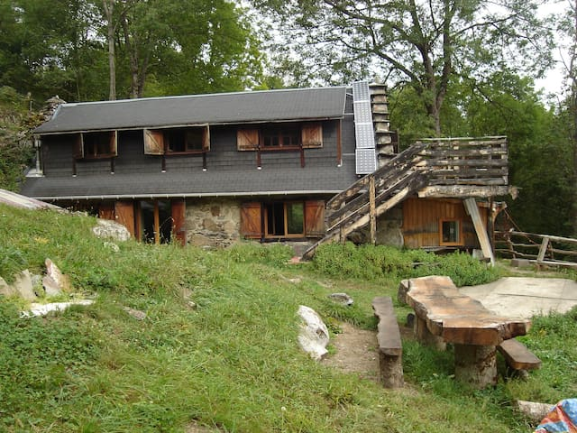 bergerie de la cueilleuse - Sassis - Earth House