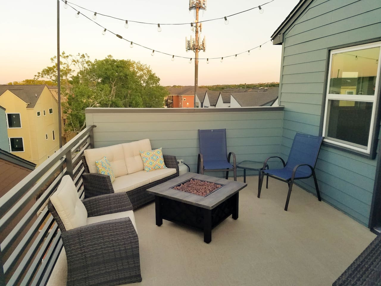 Rooftop patio with firepit