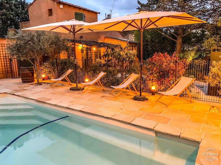 Maison / piscine / jardin / calme / Provence