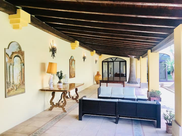 Indipendent villa with garden