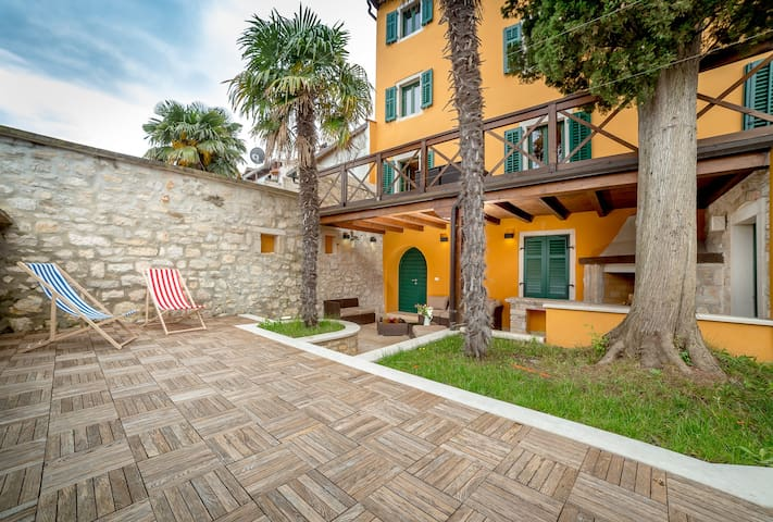 Villa BoN-Temps Rovinj, luxury home, garden, jacc