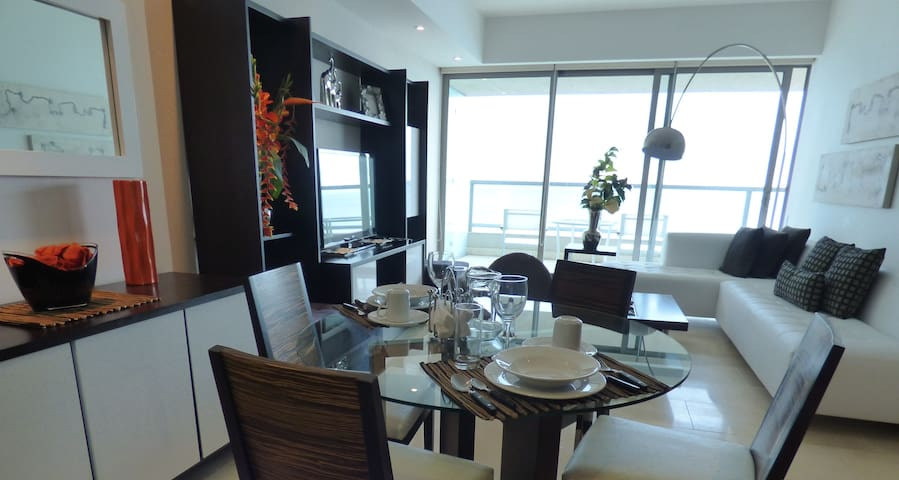 THE OCEAN CLUB PANAMA-TWO BEDROOM BAYLOFT OCEAN FT