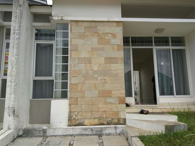 Nice House for Rent in Serpong Indonesia