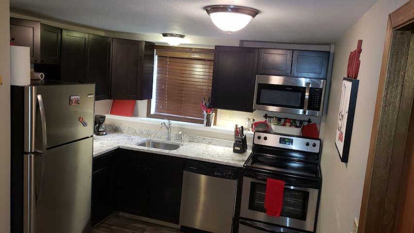 Newly remodeled kitchen fully equipped