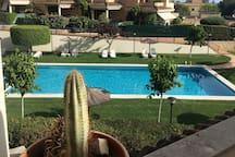 Vistas a la piscina desde la habitación