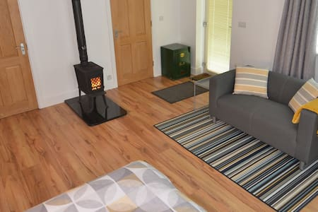 Private Suite in Countryside 25mins to Galway City