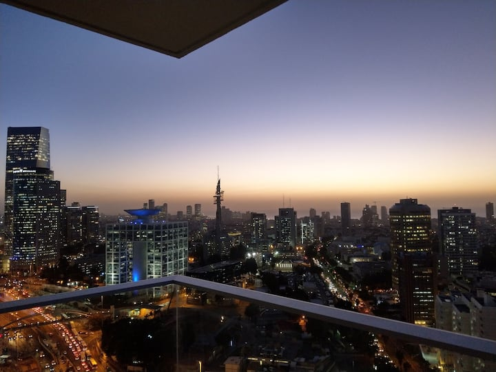 Tlv Skyline Apartment