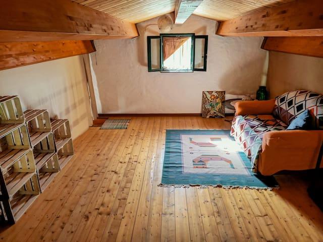 Mezzanine,  up to 6  beds