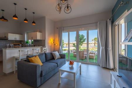 Instagram 1 BR Apartment in Water Side El Gouna