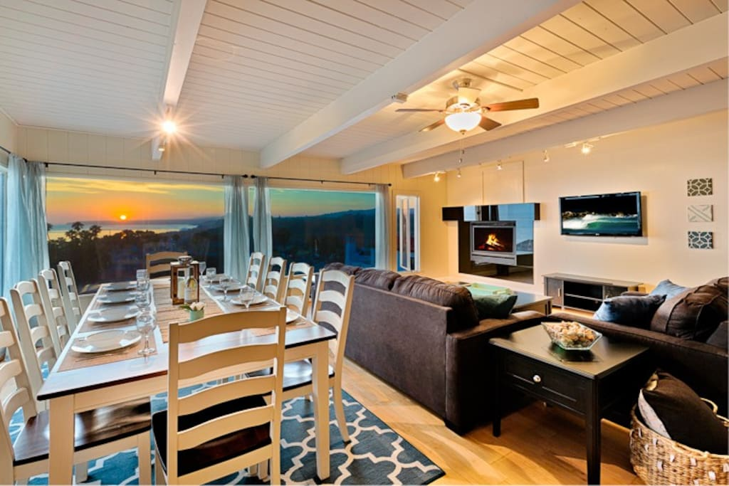Dining for 10, comfy seating, and beautiful views