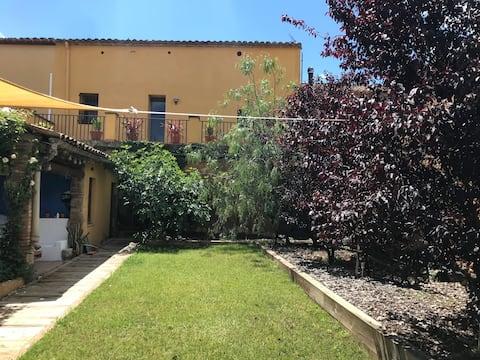 Casa rural al Penedès, ideal families.