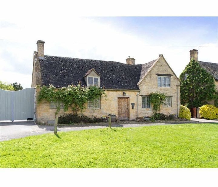 Traditional Cotswold cottage