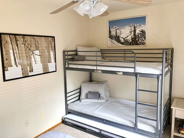Guest Bedroom - Bunk Bed with a Trundle (Room sleeps 4 comfortably)