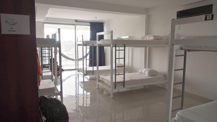 Habitacion compartida TRANQUILIDAD - Taganga - Casa