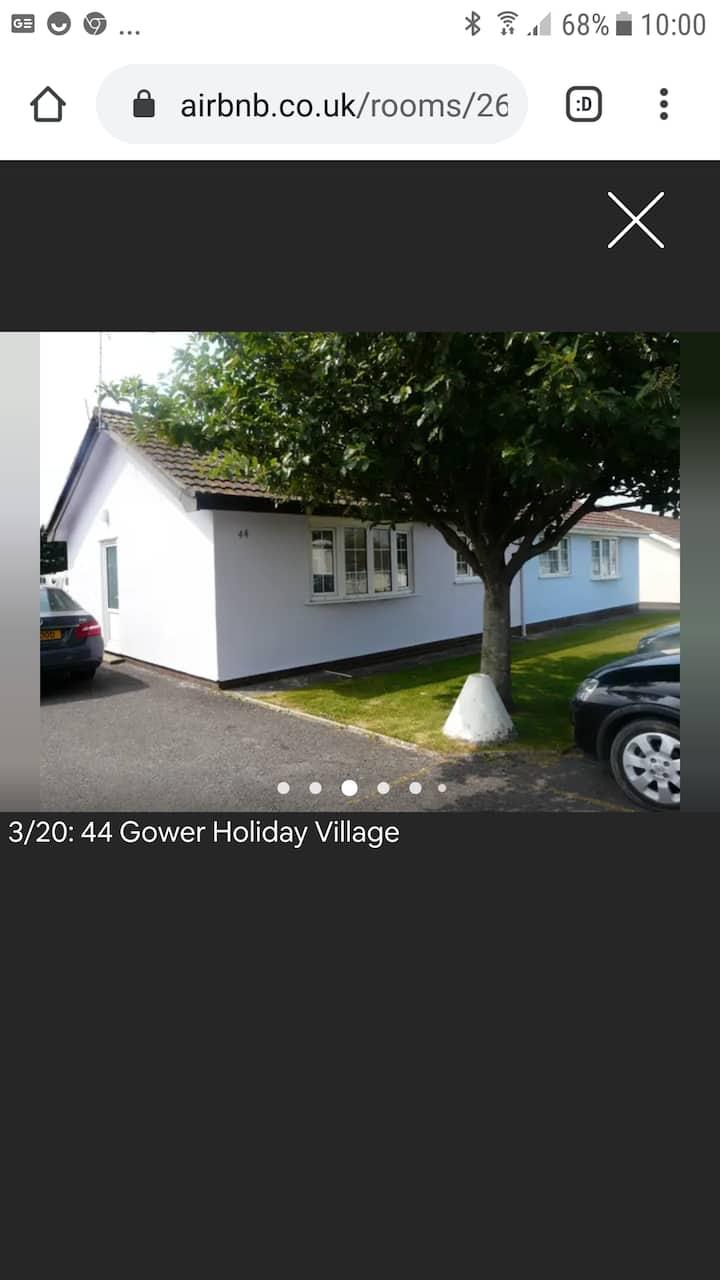 44 Rosha  Gower Holiday Village Scurlage SA3 1AY