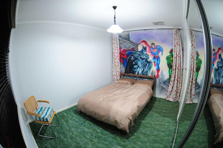 Spacious room close to CBD