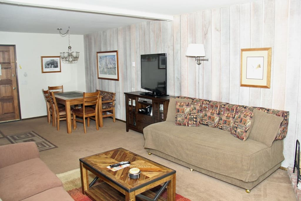 Mammoth Condo Rental Chamonix 53 - Open Area Living Room has a Flat Screen TV and One Twin Bed