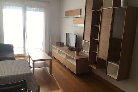 Luminoso apartamento familiar bien comunicado