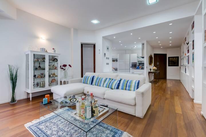 Designed apartment in Roma EUR