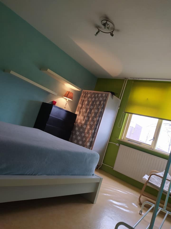 Double Room 15sqm, 25min away from Amsterdam C